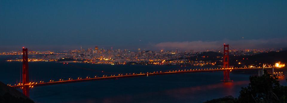 Over the Golden Gate Bridge to San Francisco (1212)