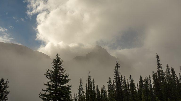 Cloud Over White Man Mountain (158)