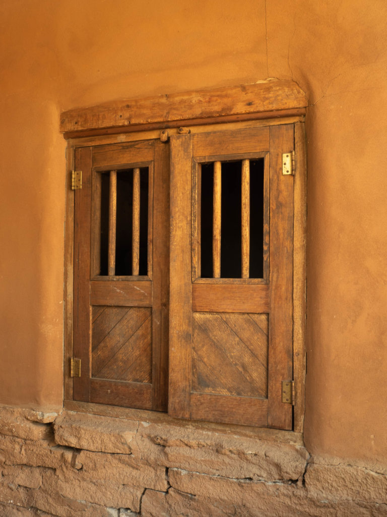 Window, Taos, NM (832)
